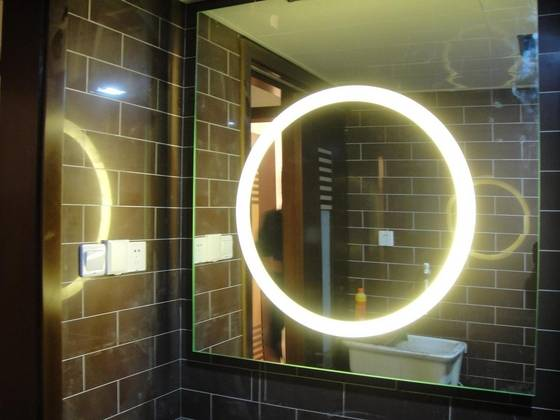 Hotel_Bathroom_Backlit_Mirror_Illuminated_Mirror